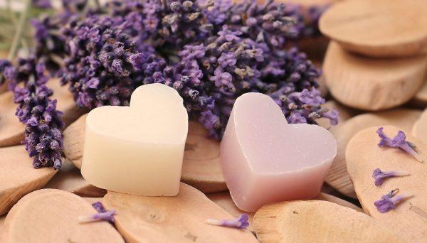 lavender, heart, wood